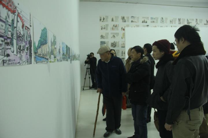 王秉复老先生在展览开幕现场