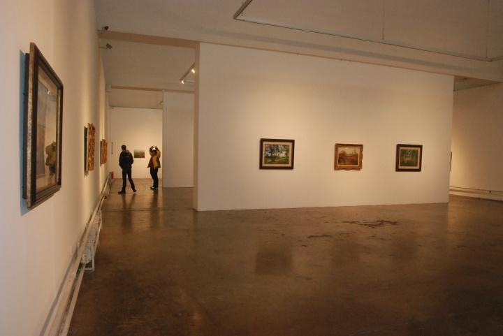展厅中的29件油画风景,均创作于1989-1999年间