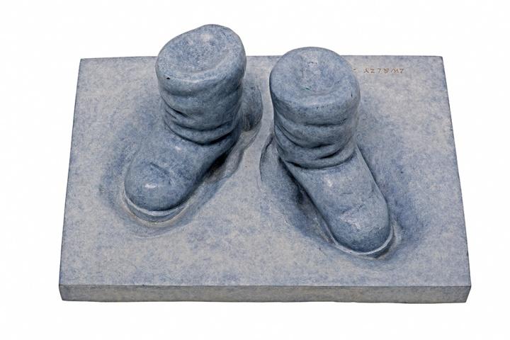 《白日梦》 铸铜化学着色 41×30×16cm 2014
