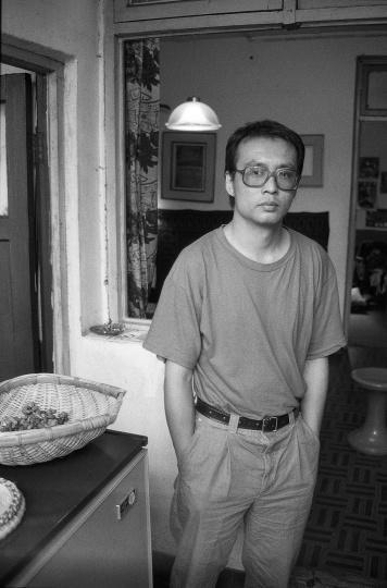 张晓刚,1991年10月,成都
