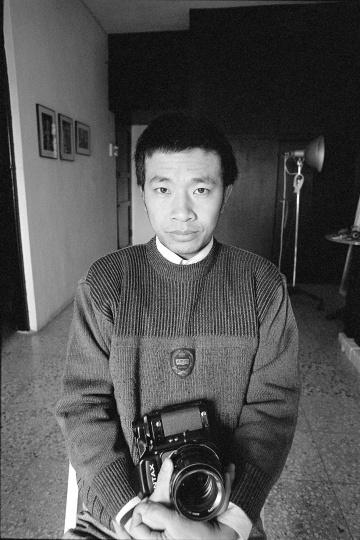 摄影家张海儿,1993年1月,广州
