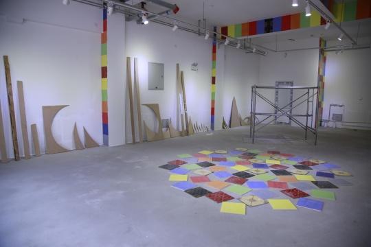 他们将各自对于展览的不同构想以方案的形式呈现,未来还在持续在展厅图片