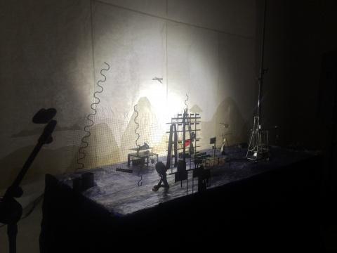 中央美术学院数码媒体工作室国际动画工作坊《对素数的逻辑》