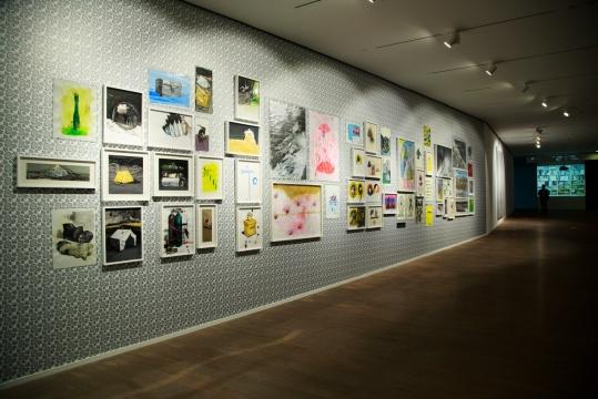 金锋 《登山迷的图像博物馆》尺寸可变 纸本丙烯 2014-2015