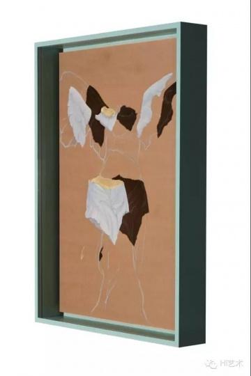 马灵丽 《胜利吗?》119x88cm 绢本绘画装置 2015