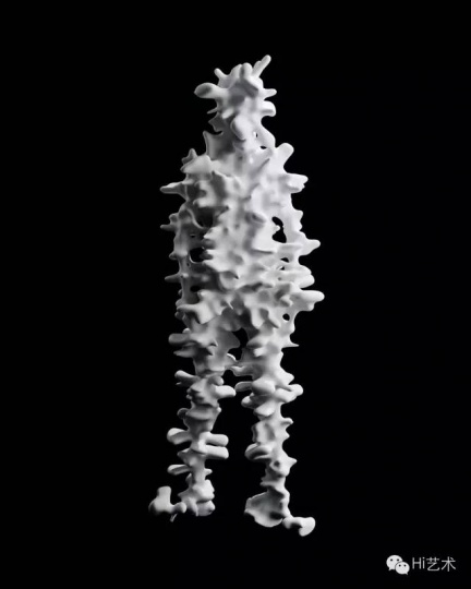 名和晃平 《Trans-Yujin(Spine) 》 74x22x26cm 综合材料 2012