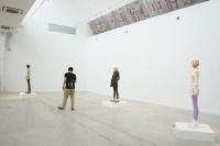 北川宏人个展东京画廊开幕 泥土和釉彩而成的人形雕塑,北川宏人