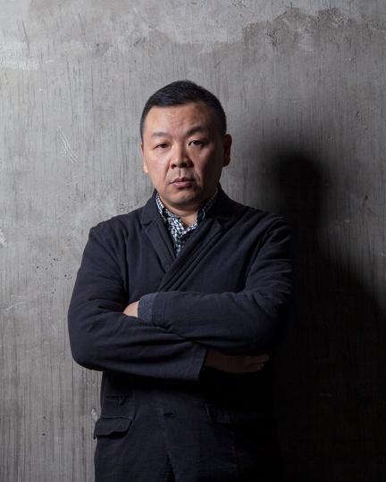 艺术家 刘野