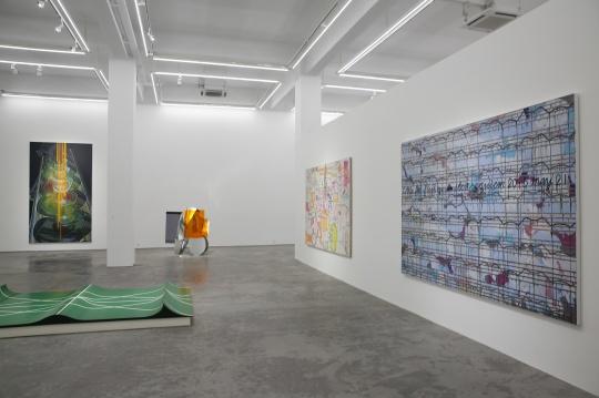 展览现场的作品内容丰富,形式多样