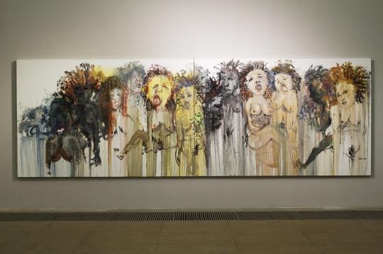 展览中尺幅最大的一幅作品《16状态0号》右 200cmx600cm 布面油画 2016