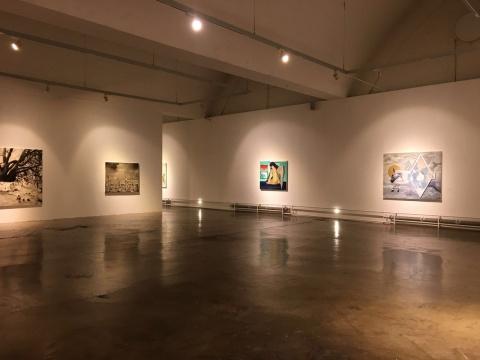 展览由赵一霓策划,集合苑瑗,陈卓,陆超,丁辉,孙一钿五位艺术家