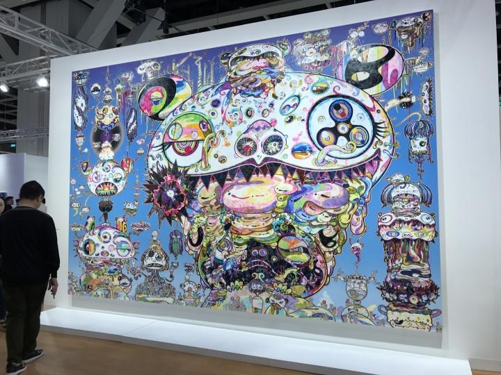 全场最大的一件村上隆作品《Tan Tan Bo. aka. Gerotan》 300×450cm 布面油画 2017