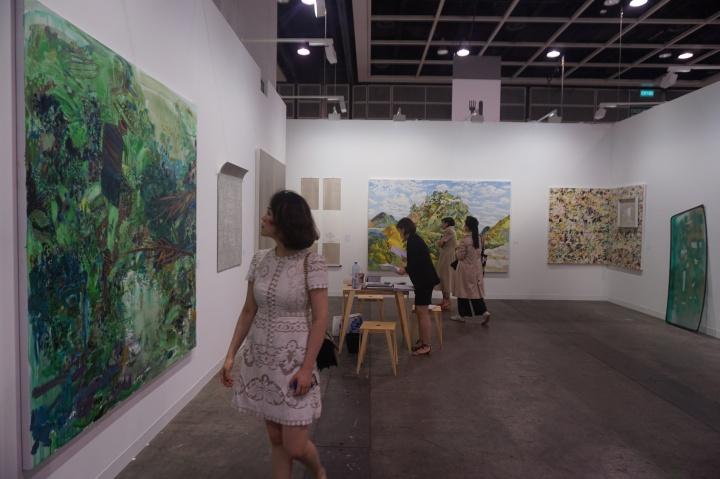 安全口画廊此次带来的作品在5万港元到20万美元不等