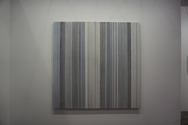 艾可画廊带来的吕振光的《山水第T零零贰贰号》,标价43万美元,为该画廊最高价的作品