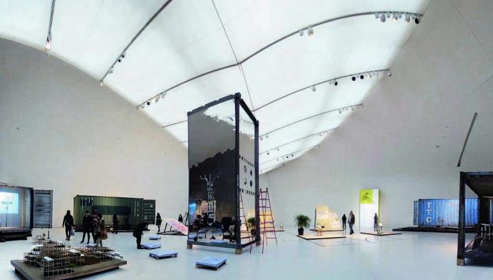 """中央美术学院美术馆2014年第二届CAFAM双年展""""无形的手:策展作为立场"""""""