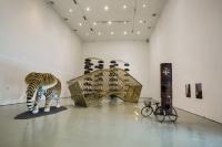 一场暌违六年的展览背后,一家民营美术馆的进与退,岳敏君,张子康,黄笃,谢素贞,张宝全,高鹏,赫拉尔多·莫斯克拉