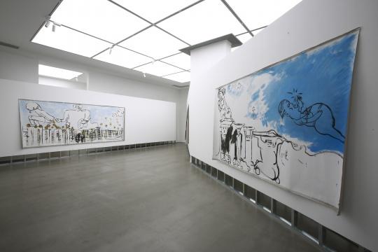 """展览依旧延续了廖国核典型的""""坏画""""风格"""