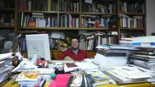 在广东美术馆馆长办公室