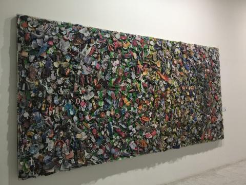 《琐碎-2》200×400cm 综合材料2012