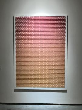 王宁德《有形之光 / 理想天空滤色镜No.5》144×200×5cm 综合材料 2013