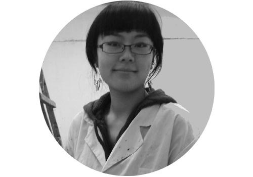 """马文婷(b.1983)  2016年马文婷在杨画廊举办了首次个展""""引喻体"""",她作品的素材大多发生在今天的现实生活之中,自己通过手绘的方式将其叙述出来。这同时也是艺术家创作的一条主线,对自己周遭生活自觉地反省,用艺术家的身份担负起一份社会的责任,并试图传达对现实生活的回响。"""