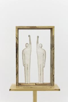 举左臂的举右臂者51x31x24cm木板、纸雕、马克笔2018