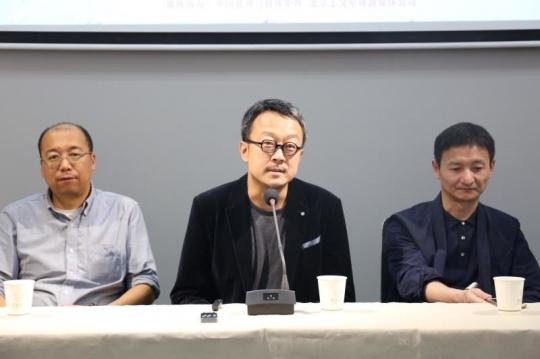 策展人、独角兽艺博会艺术总监梁克刚
