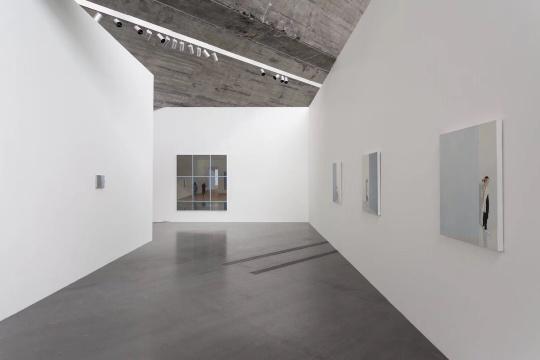 """蒂姆·艾特尔(Tim Eitel)举办首次北京个展""""场所与姿态""""在佩斯画廊北京空间开幕"""