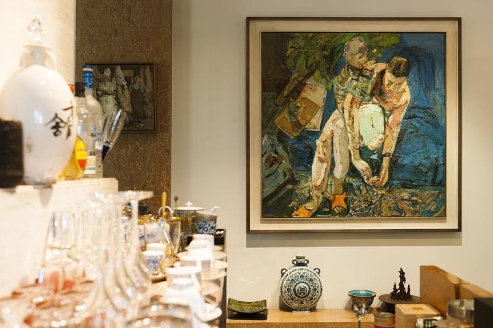 闫平 《母与子》 120×120cm 油画画布 1995(摄影:董林)