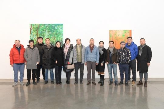 左二:许宏翔,左五起:李兰芳、姚薇、林松、徐红明、姜淼、杨黎明、何杰、涂曦