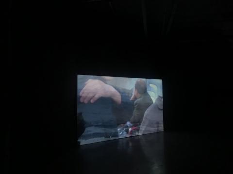 沈莘《付出式批评》26分11秒 单频录像 2015