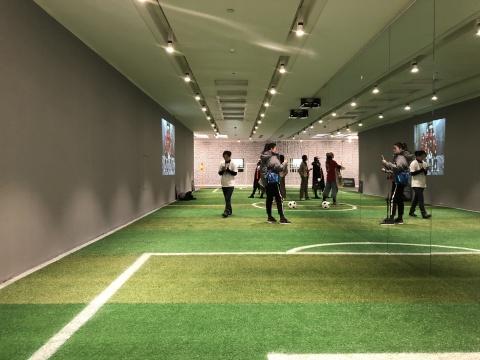 它不像个展览:这不是足球