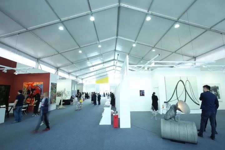 2018年首届Art Chengdu博览会现场