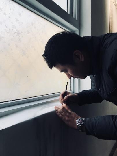"""孙策在个人项目""""鸭嘴兽""""现场,米诺的M的房间,2017"""