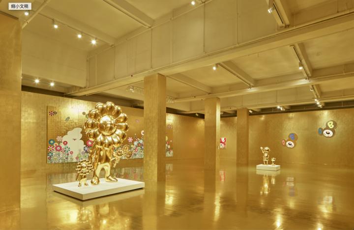 """""""村上隆 对战 村上隆""""展览场景©2015 村上隆 / Kaikai Kiki 有限公司,版权所有。攝影: Kitmin Lee"""