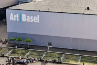 瑞士巴塞尔官宣延期至9月,今秋扎堆儿的艺博会谁将陪跑?