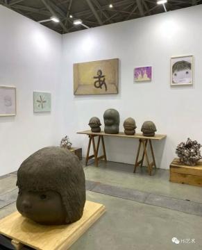 KaiKai Kiki画廊带来的OB、Otani Workhop,秒卖(图片提供:台湾藏家)