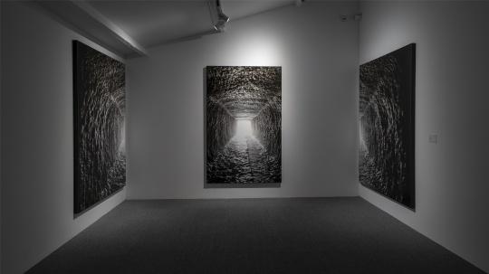 洪艳霞的房间,带来中国艺术家廖逸君、塔可的摄影作品