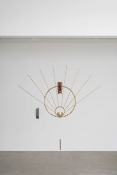 郭城 《抽象神谕生成器》210×210×14cm 2020