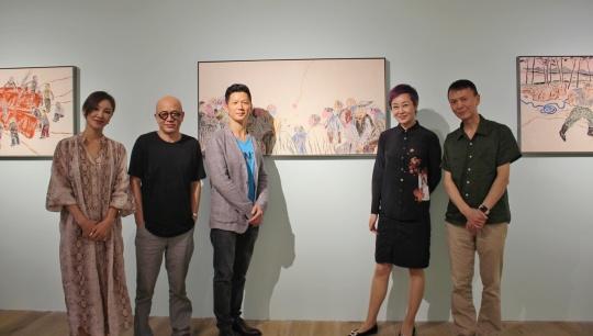 左起:非凡仕艺术创始人樊荣、艺术家翁雪松、艺术家黄勇、非凡仕艺术创始人郜笛斐、艺术家叶洲