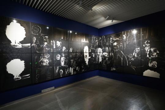 《众神之地》,纸面油画,218x810cm,2020,摄影师:程世达