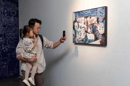"""""""林林峰 正午的分界""""展览现场"""