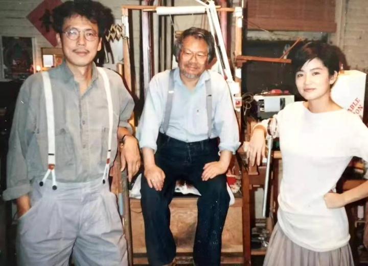 夏阳(中)与韩湘宁(左)和林青霞(右)