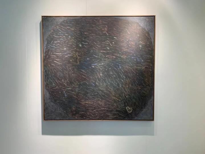 余友涵 《抽象 20130528》 171×183×6cm 布上丙烯2013,400万元